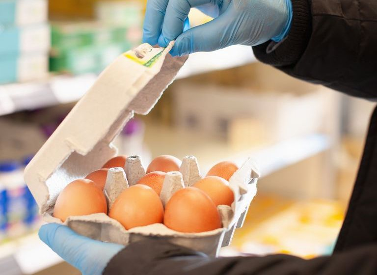 Does Wearing Gloves Make Grocery Shopping Safer?